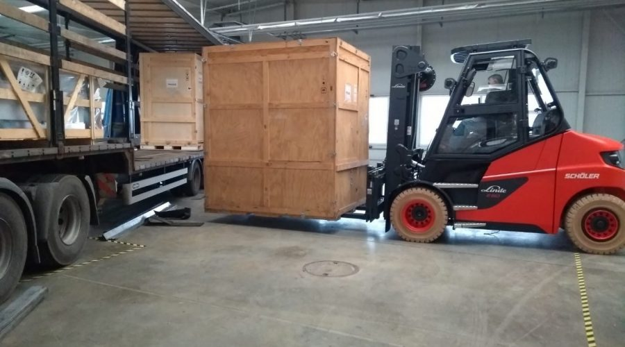 Open semi or tautliner semi, we've got you covered
